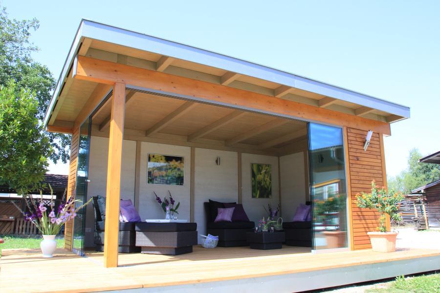 die gartenlounge als freistehender wintergarten direkt im. Black Bedroom Furniture Sets. Home Design Ideas