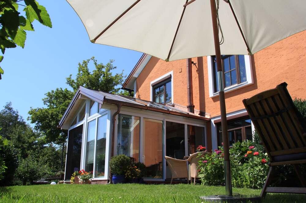 Satteldach-Waging-Holz-Aluminium-Wintergarten (10)