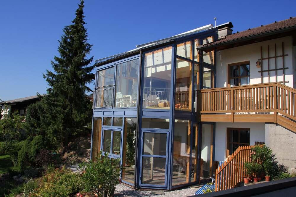 2 st ckiger wintergarten mit blick auf salzburg virgil niedermayr winterg rten. Black Bedroom Furniture Sets. Home Design Ideas